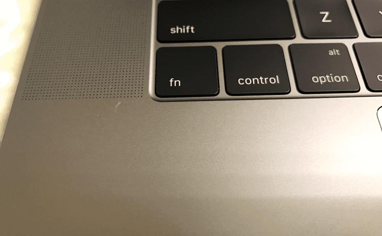 how to remove cratches from macbook